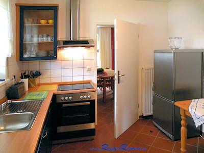 Einbauküche im Erdgeschoß, hier z.B. Haus Nr.2
