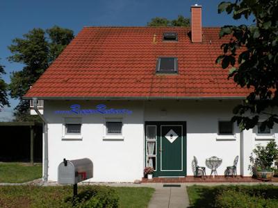 Zum Beispiel Ferienhaus Nr.4 in der FerienResidenz Losentitz auf R�gen