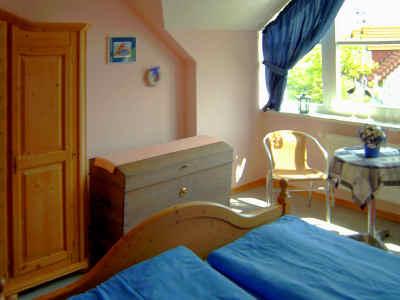 Schlafzimmer im Obergescho�, hier z.B. Haus Nr.1