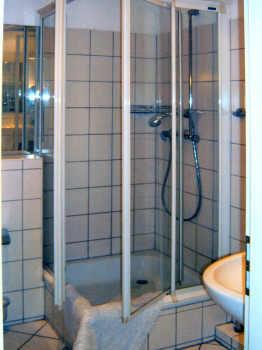 Duschbad im Obergeschoß