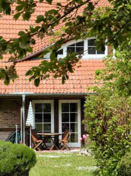 Zur Ferienwohnung Nr.4 gehört diese Terrasse