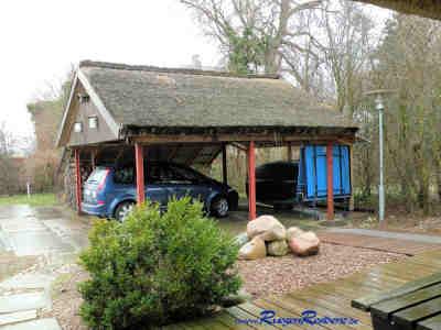 Carport für Ihr Auto direkt am Ferienhaus